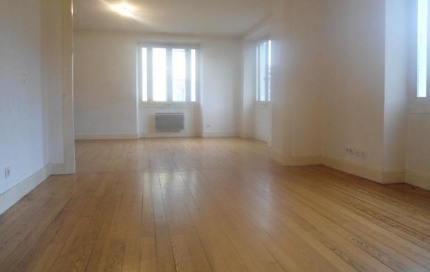 PLANET'IMMO Appartement | LE PONT-DE-BEAUVOISIN (38480) | 86 m2 | 124 500 €